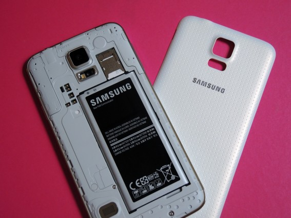 Samsung_Galaxy_S5_smartphone_review 12