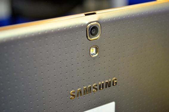 Samsung-Galaxy-Tab-S-10.5 12