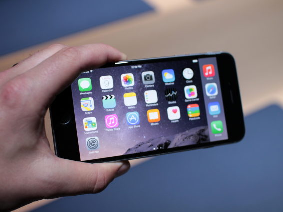 apple-iPhone-6 plus 02