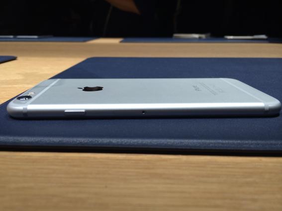 apple-iPhone-6 plus 03