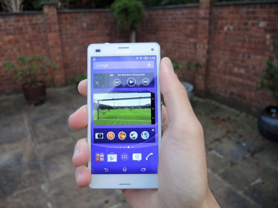 Sony Xperia Z3 Compact 13