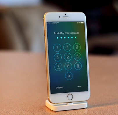 Latest iOS 9.0.1 update failed to patch lockscreen bypass hack: Here's how to protect yourself