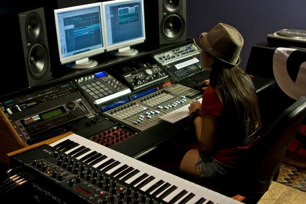 Top 10 Best Music Making And Production Apps 2018