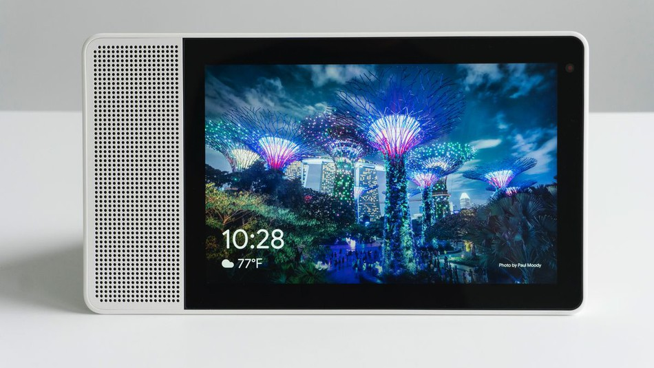 Google Launch Display-Equipped Smart Speakers