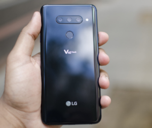 LG V40 ThinQ Review