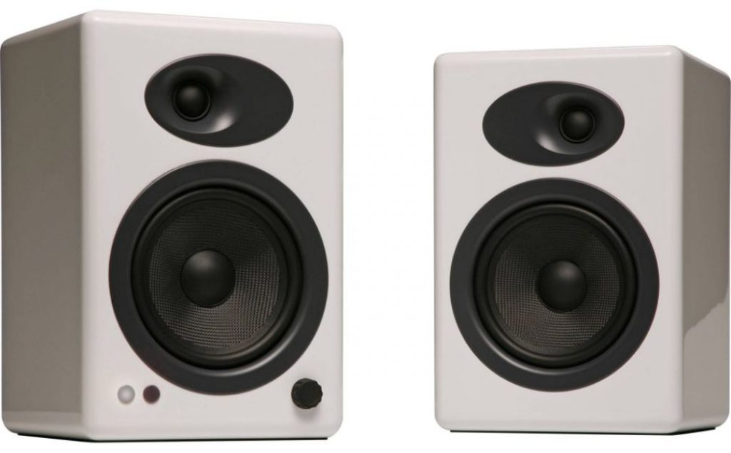 Top 10 Best Bookshelf Speakers Of 2019 - The Premium Class
