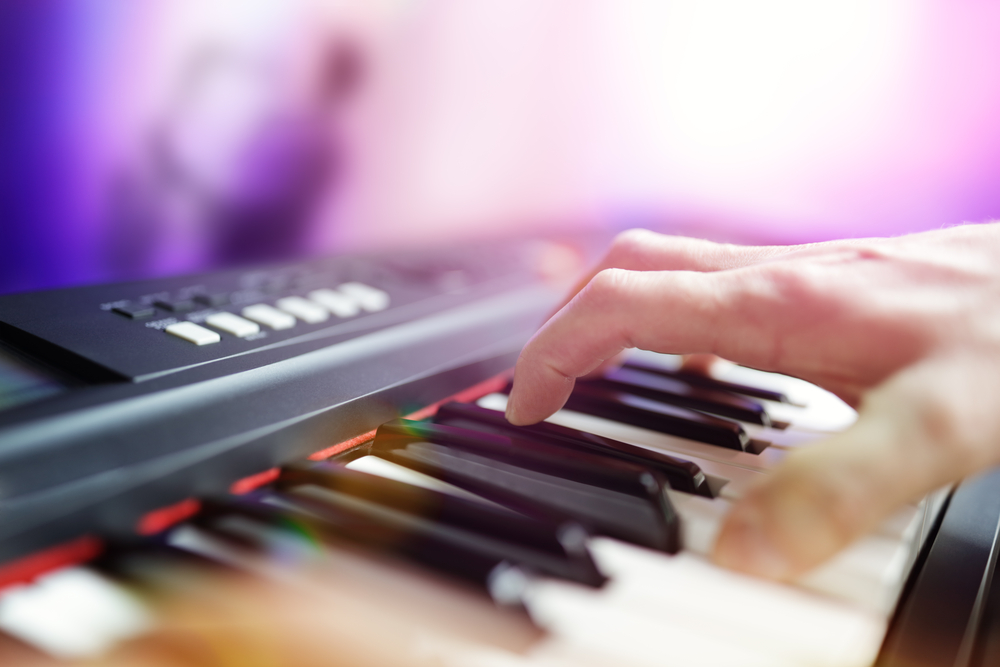 Top 10 Best Electronic Keyboards in India 2019 - Compsmag