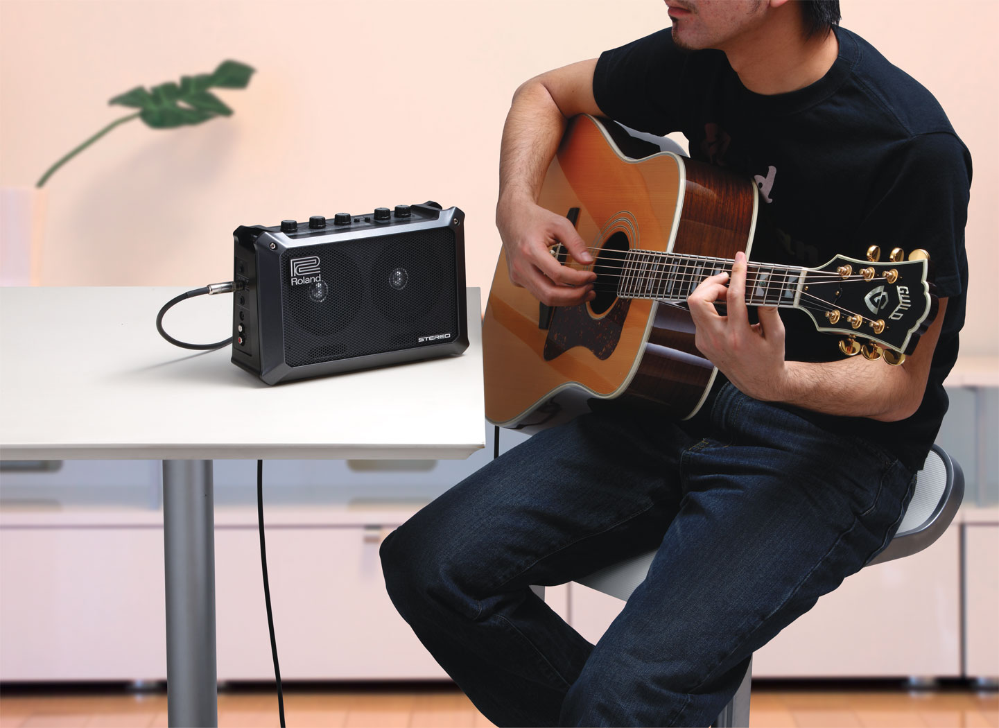 top 10 most iconic guitar amps in india 2019 compsmag. Black Bedroom Furniture Sets. Home Design Ideas