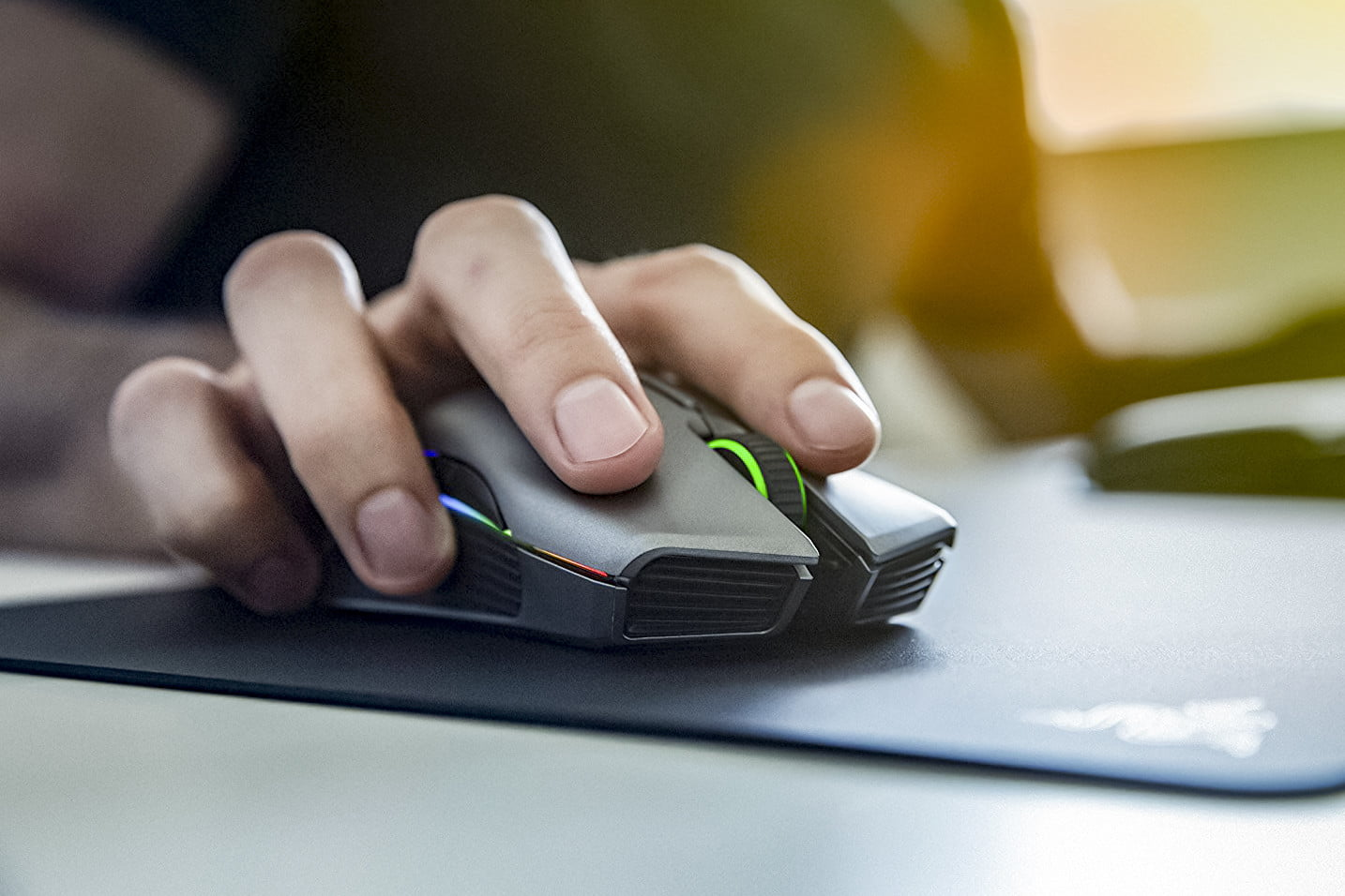 Top 10 Best Wireless Gaming Mice In 2019
