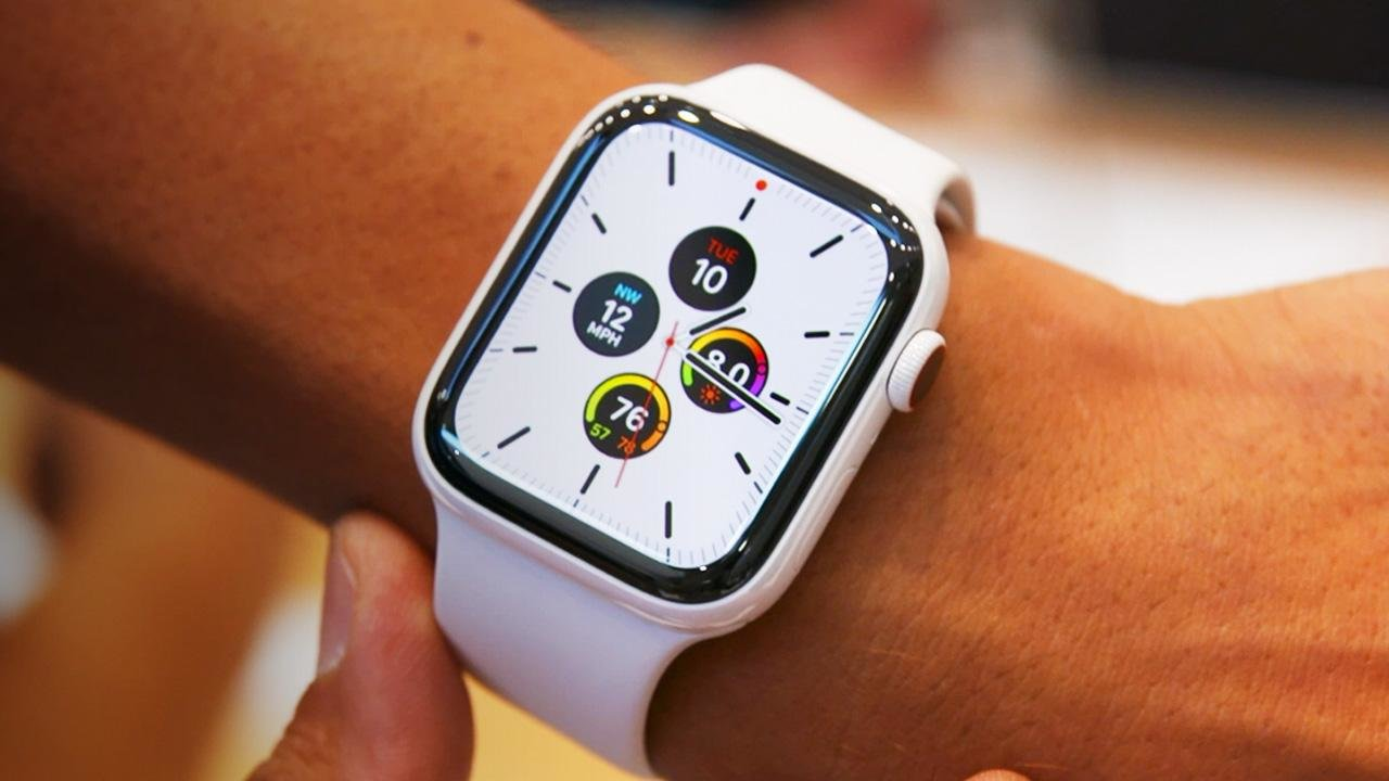 Yelp Apple Watch Update Brings Compass Support