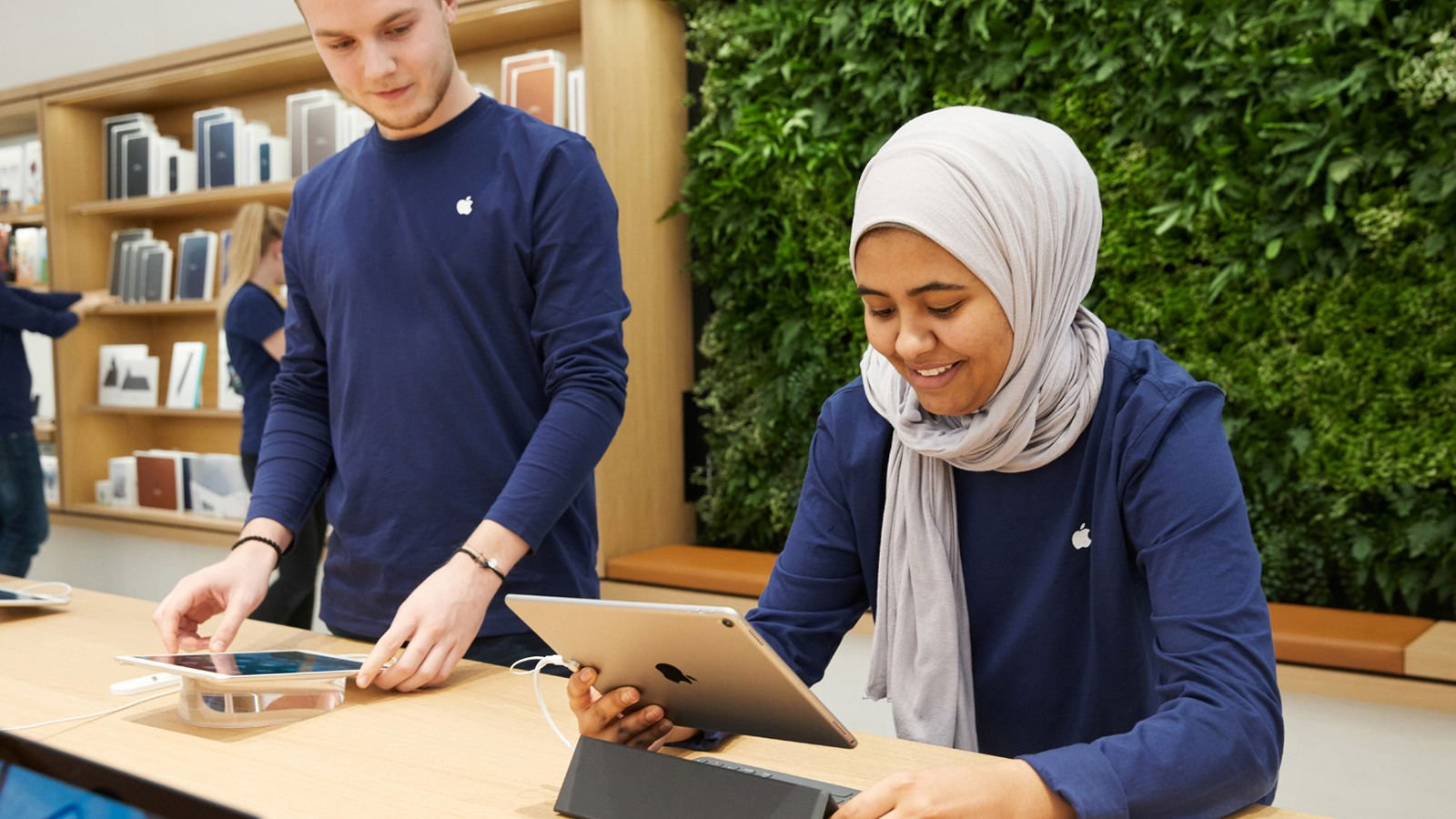 How to book a Apple Store for a Genius appointment