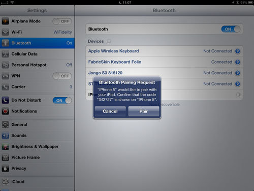 To connect an iPad to a Personal Hotspot via Bluetooth
