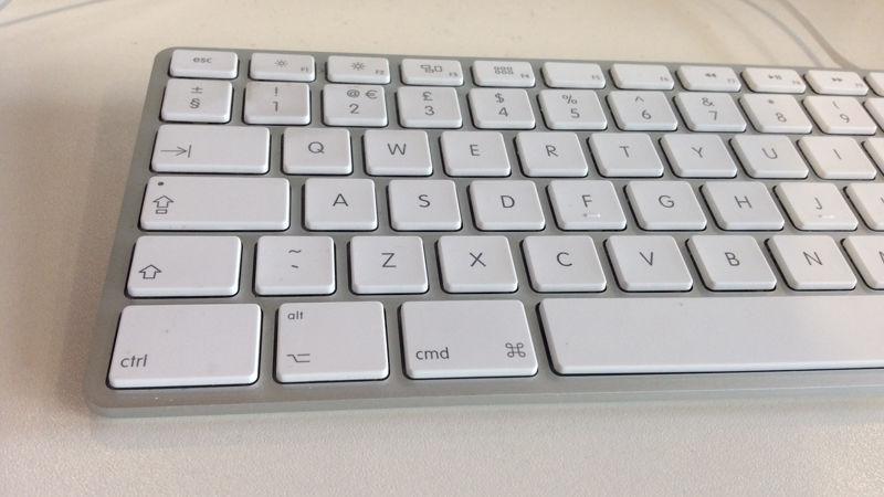 What is the Option key on Mac: Mac keyboard
