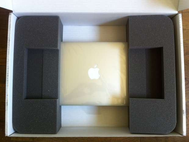 MacBook Air refurbished box opening