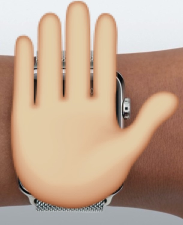 If you hand over the Apple Watch watch face, an incoming traffic will be ignored phone dial